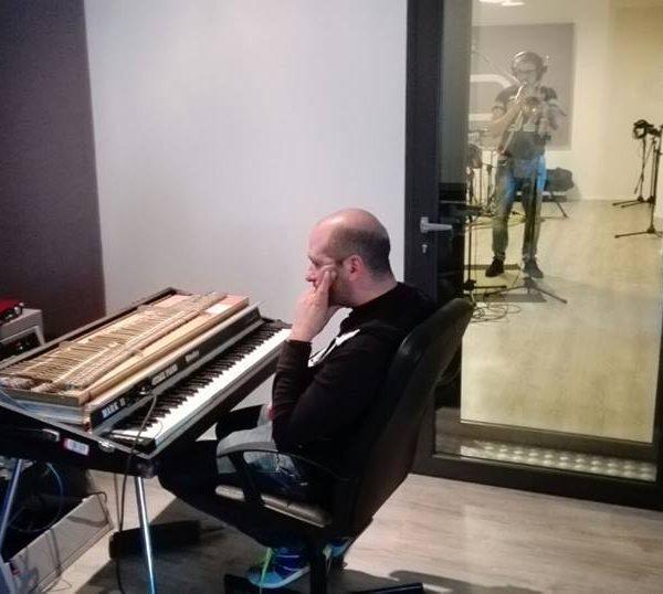 Checco Zalone - Quo Vado e La Prima Repubblica ad Officina Musicale