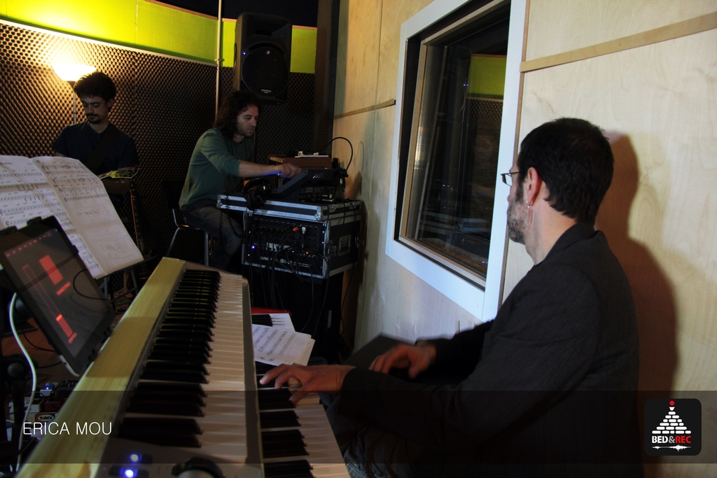 Erica Mou - Studio Session - Bed&Rec - Officina Musicale