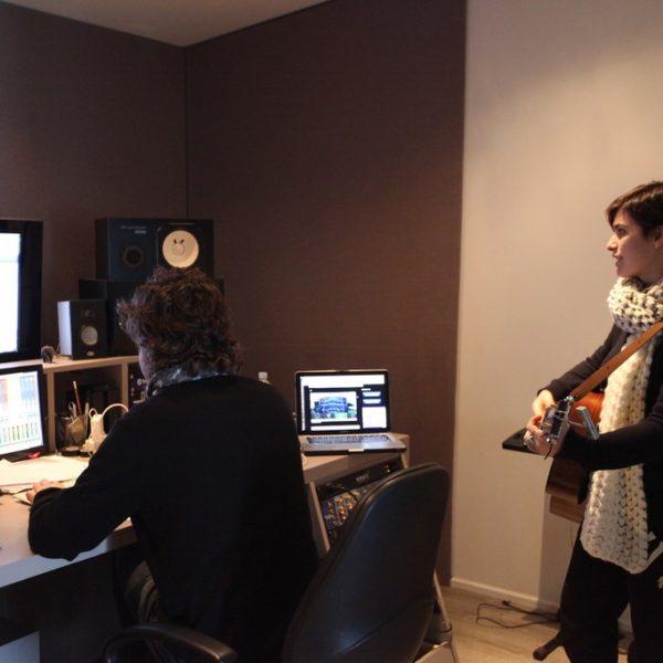 Erica Mou - Studio Session ad Officina Musicale