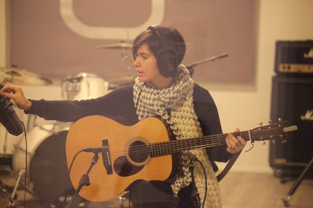 Erica Mou - Studio Session - Officina Musicale