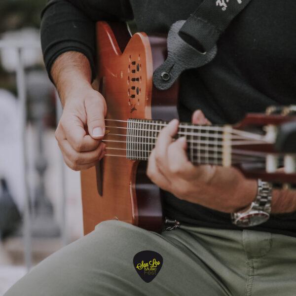 Nina Acoustic Duo 1
